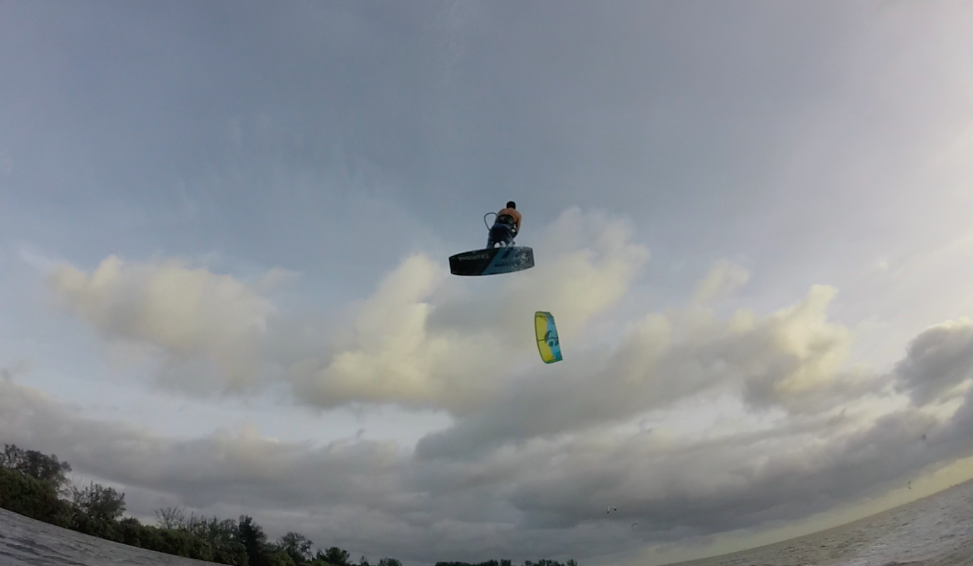 Kiteboarding Hurricane Matthew in St Petersburg