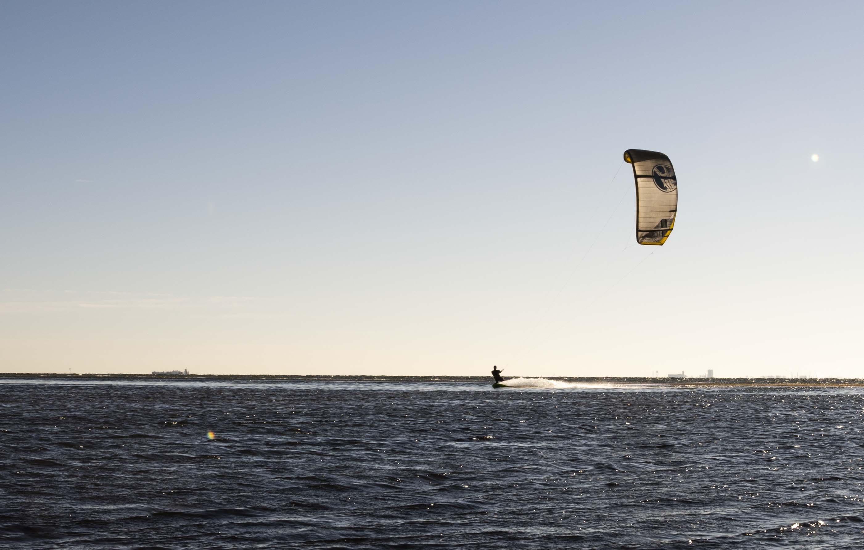 Ideal Wind Conditions for Learning Kiteboarding